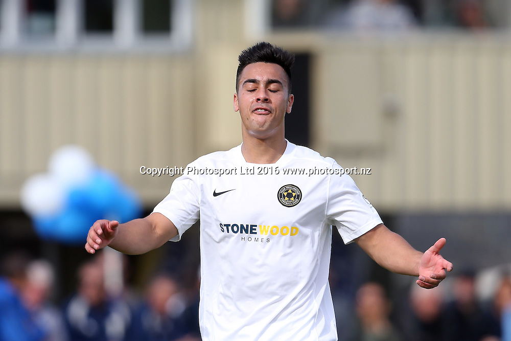 Wellington's Cameron Howieson reacts to ary near miss. Stirling Sports Premiership, Round 1, Auckland City FC v Team Wellington, Kiwitea Street Auckland, Sunday 23rd October 2016. Copyright Photo: Shane Wenzlick