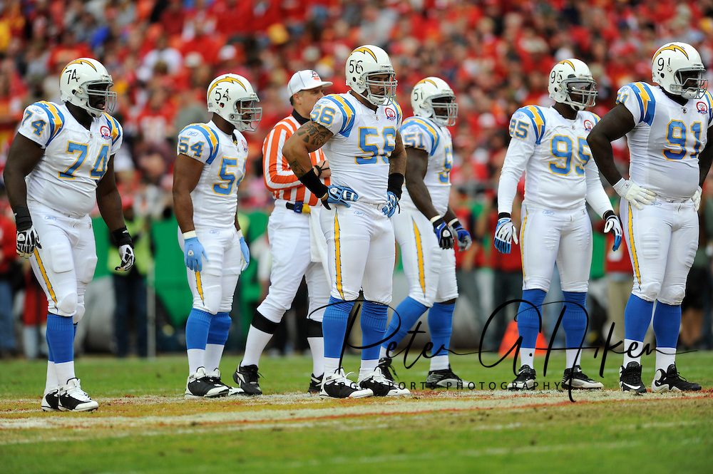 October 25, 2009:  Linebacker Shawne Merriman #56 of the San Diego Chargers and his defensive teammates during a game against the Kansas City Chiefs at Arrowhead Stadium in Kansas City, Missouri.  The Chargers defeated the Chiefs 37-7...
