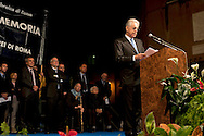 Roma, 16 Ottobre  2012.Commemorazione per le deportazioni degli ebrei dal ghetto di Roma del 16 ottobre 1943..Mario Monti, Presidente del Consiglio..Sixty-nine years later, Rome remembers October 16, 1943, when over a thousand Roman Jews, and among them 350 children, were driven from their homes. An official ceremony and candlelight vigil is organized by the Community of Sant'Egidio  and the Jewish Community in memory of the sacrifice Roman Jews rounded up by the Nazis in Rome.