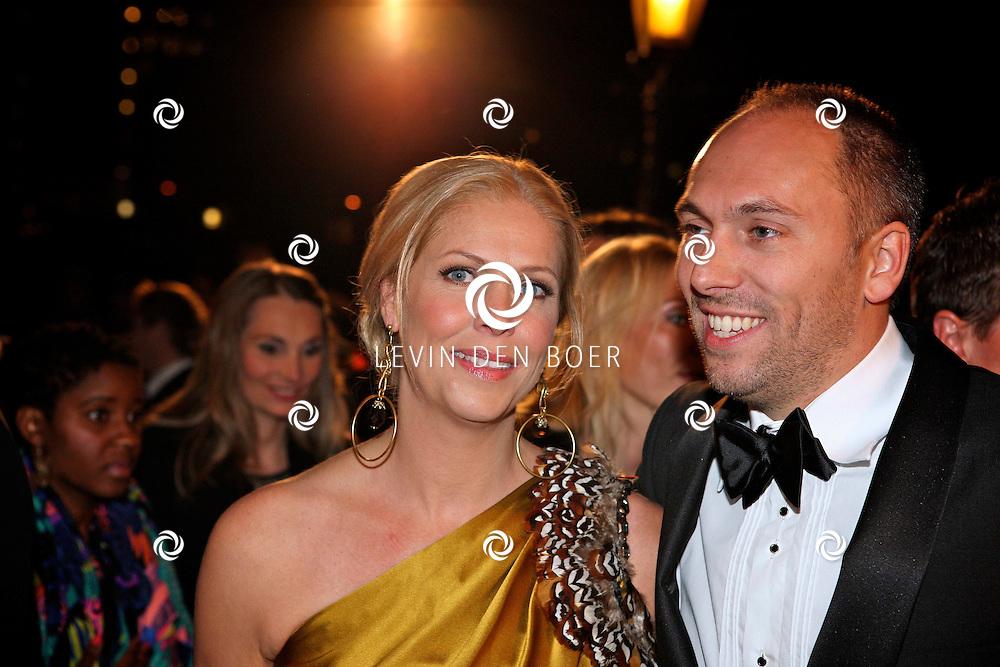 AMSTERDAM - In theater Carre is de Gouden Televizier Ring gala weer geweest.  Met op de foto Nance Coolen en partner Pico Sytzema. FOTO LEVIN DEN BOER - PERSFOTO.NU