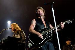 04.06.2010, Madrid, ESP, Bon Jovi live in Concert, Rock in Rio gab die Band in Madrid zu ihrem besten, Jon Bon Jovi, EXPA Pictures © 2010, PhotoCredit: EXPA/ Alterphotos/ Alfaqui/ Cesar Cebolla / SPORTIDA PHOTO AGENCY