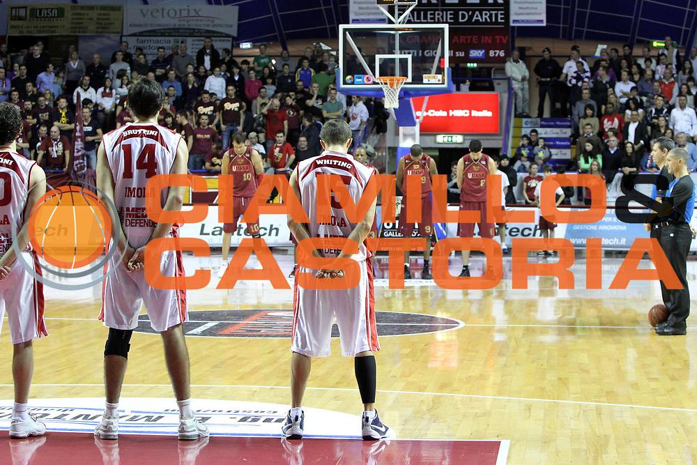 DESCRIZIONE : Venezia Lega Basket A2 2010-11 Umana Reyer Venezia Aget Imola<br /> GIOCATORE : Team Umana Reyer Venezia Team Aget Imola<br /> SQUADRA : Umana Reyer Venezia Aget Imola <br /> EVENTO : Campionato Lega A2 2010-2011<br /> GARA : Umana Reyer Venezia Aget Imola<br /> DATA : 21/11/2010<br /> CATEGORIA : Before<br /> SPORT : Pallacanestro <br /> AUTORE : Agenzia Ciamillo-Castoria/G.Contessa<br /> Galleria : Lega Basket A2 2009-2010 <br /> Fotonotizia : Venezia Lega A2 2010-11 Umana Reyer Venezia Aget Imola<br /> Predefinita :