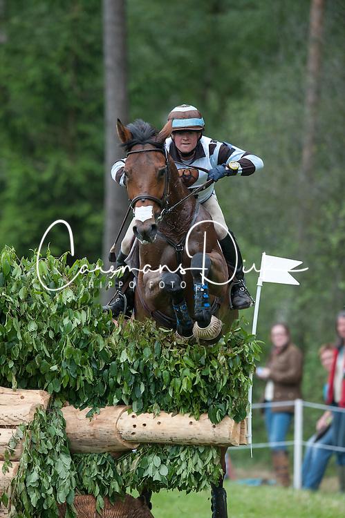 Nicolas Wettstein (ECU)  - Nadeville Merze <br /> Cross Country - CCI4* Luhm&uuml;hlen 2012<br /> &copy; Hippo Foto - Jon Stroud