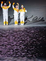 09.02.2018, Olympic Stadium, Pyeongchang, KOR, PyeongChang 2018, Eröffnungsfeier, im Bild Fackelträger, aus Nordkorea Jong Su Hyon und aus Südkorea Park Jong - ah, halten die olympische Fackel // Unified Korea' s torchbearers North Korea' s Jong Su Hyon and South Korea' s Park Jong- ah hold the Olympic torch during the Opening Ceremony of the Pyeongchang 2018 Winter Olympic Games at the Olympic Stadium in Pyeongchang, South Korea on 2018/02/09. EXPA Pictures © 2018, PhotoCredit: EXPA/ Johann Groder