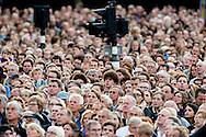 4-5-2015 AMSTERDAM - King Willem-Alexander and Queen Maxima of The Netherlands attend the National Remembrance ceremony at the National Monument on Dam Square in Amsterdam, The Netherlands, 4 May 20145. The ceremony is held to commemorates all civilians and members of the arched forces of the Netherlands who have died in wars or peacekeeping missions since World War II. COPYRIGHT ROBIN UTRECHT<br /> <br /> AMSTERDAM - Koning Willem Alexander en Koningin Maxima tijdens de Nationale herdenking op de Dam. Met twee minuten stilte heeft Nederland maandag om klokslag 20.00 uur de oorlogsslachtoffers herdacht die sinds het begin van de Tweede Wereldoorlog zijn omgekomen. Op de Dam in Amsterdam woonden koning Willem-Alexander en koningin M&aacute;xima de nationale dodenherdenking bij. Het koninklijk paar legde voorafgaand aan de twee minuten stilte een krans bij het monument.  COPYRIGHT ROBIN UTRECHT