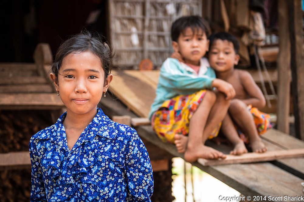 Siblings in Kompong Khleang in Cambodia.