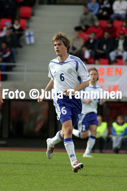 07.06.2005, Ratina Stadium, Tampere, Finland..UEFA Under-21 European Championship qualifying match, Finland v The Netherlands.Veli Lampi - Finland.©Juha Tamminen