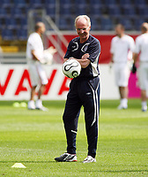 Photo: Chris Ratcliffe.<br /> England training session. FIFA World Cup 2006. 09/06/2006.<br /> Sven Goran Eriksson before the game tomorrow.