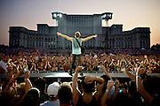 Jon Bon Jovi -- Piata Constitutiei, Bucharest, RO