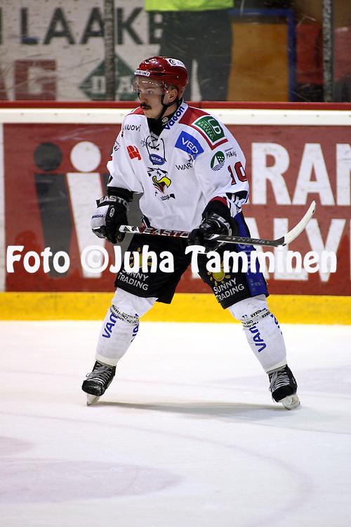 02.04.2009, Isom?en halli, Pori..J??kiekon SM-liigakarsinta 2009..EURss?t - Sport.Antti Uitto - Sport.©Juha Tamminen.
