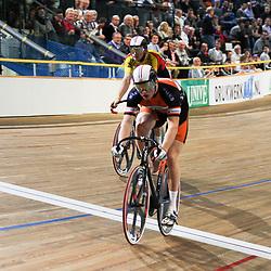 Mathijs Buchli werd gedeklasseerd in de tweede sprint tijdens het NK baan