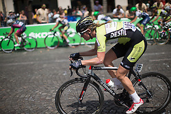 Vera Koedooder (NED) of Parkhotel Valkenburg Cycling Team tries to attack during the La Course, a 89 km road race in Paris on July 24, 2016 in France.