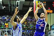 DESCRIZIONE : Sassari Lega A 2012-13 Dinamo Sassari Lenovo Cant&ugrave; Quarti di finale Play Off gara 2<br /> GIOCATORE : Marteen Leunen<br /> CATEGORIA : Tiro<br /> SQUADRA : Lenovo Cant&ugrave;<br /> EVENTO : Campionato Lega A 2012-2013 Quarti di finale Play Off gara 2<br /> GARA : Dinamo Sassari Lenovo Cant&ugrave; Quarti di finale Play Off gara 2<br /> DATA : 11/05/2013<br /> SPORT : Pallacanestro <br /> AUTORE : Agenzia Ciamillo-Castoria/M.Turrini<br /> Galleria : Lega Basket A 2012-2013  <br /> Fotonotizia : Sassari Lega A 2012-13 Dinamo Sassari Lenovo Cant&ugrave; Play Off Gara 2<br /> Predefinita :
