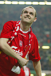 CARDIFF, WALES - Sunday, March 2, 2003: Liverpool's Danny Murphy celebrates beating Manchester United 2-0 during the Football League Cup Final at the Millennium Stadium. (Pic by David Rawcliffe/Propaganda)