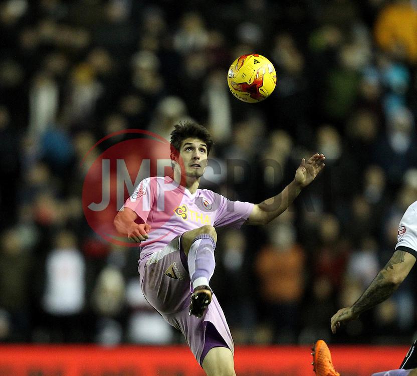 Lucas Piazon of Reading hooks the ball on - Mandatory byline: Robbie Stephenson/JMP - 12/01/2016 - FOOTBALL - iPro Stadium - Derby, England - Derby County v Reading - Sky Bet Championship