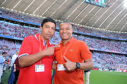 01.08.2013, Allianz Arena, Muenchen, Audi Cup 2013, FC Bayern Muenchen vs Manchester City, im Bild, Die beiden ehemaligen Bayern Spieler Giovane ELBER (links) und Paulo SERGIO (rechts) zu Gast in der Allianz Arena.  // during the Audi Cup 2013 match between FC Bayern Muenchen and Manchester City at the Allianz Arena, Munich, Germany on 2013/08/01. EXPA Pictures © 2013, PhotoCredit: EXPA/ Eibner/ Wolfgang Stuetzle<br /> <br /> ***** ATTENTION - OUT OF GER *****
