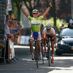 Brainwash Ladiestour Zaltbommel Marianne Vos wins 4th stage 2nd Charlotte Becker and 3th Emma Johannson