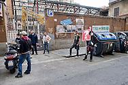 Roma 16 Maggio 2014<br /> Protesta dei cittadini del quartiere San Lorenzo per la demolizione dell'ex fonderia Bastianelli, dove verranno costruite abitazioni e negozi. I cittadini protestano per  le polveri che si alzano dal cantiere e che avvolgono i palazzi vicini, e per  le vibrazioni dovute  al lavoro delle ruspe.<br /> Rome May 16, 2014 <br /> Protest of the citizens of the San Lorenzo district for the demolition of the former foundry Bastianelli, where will be built homes and shops. Citizens protest for dust which rise from the construction site and wraps the neighboring buildings, and the vibrations due to the work of the bulldozers.