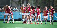LAREN -  Hockey -  OR heeft gescoord. midden Valerie Magis (Oranje-Rood) en Fiona Morgenstern (Oranje-Rood)  Hoofdklasse dames Laren-Oranje Rood (0-4). Oranje Rood plaatst zich voor Play Offs.  COPYRIGHT KOEN SUYK