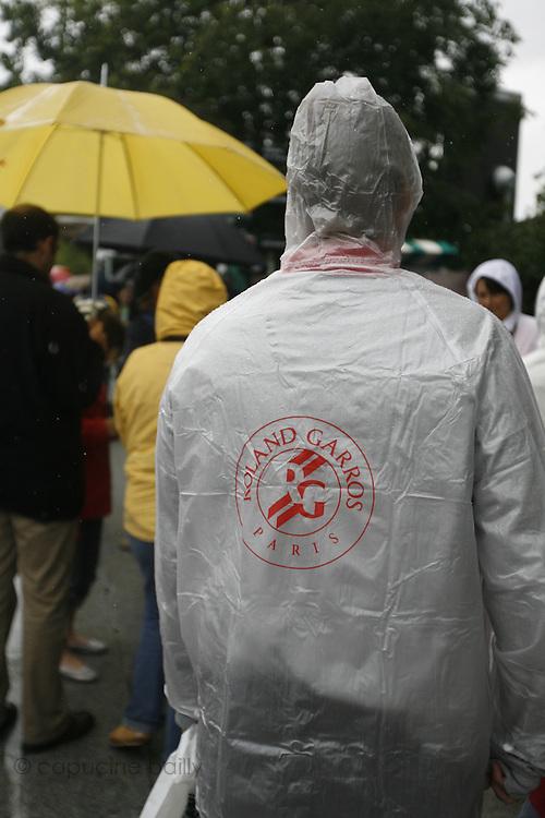 Roland Garros. Paris, France. May 27th 2007..Rain interrupts matches.