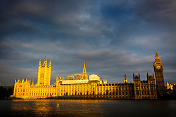 © Licensed to London News Pictures. 12/06/2017. London UK. Picture shows the house of commons at sunrise this morning ahead of Theresa May's first Cabinet meeting since the General Election this afternoon. Photo credit: Andrew McCaren/LNP
