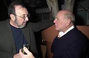 James Brooks and Barry Diller.  Talk pre-Golden Globes party. Mondrian Hotel. West Hollywood, California USA 20 January 2001. © Copyright Photograph by Dafydd Jones 66 Stockwell Park Rd. London SW9 0DA Tel 020 7733 0108 www.dafjones.com