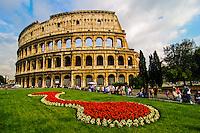 Italia - Roma - Vista do Coliseu - Foto: Gabriel Lordello/ Mosaico Imagem