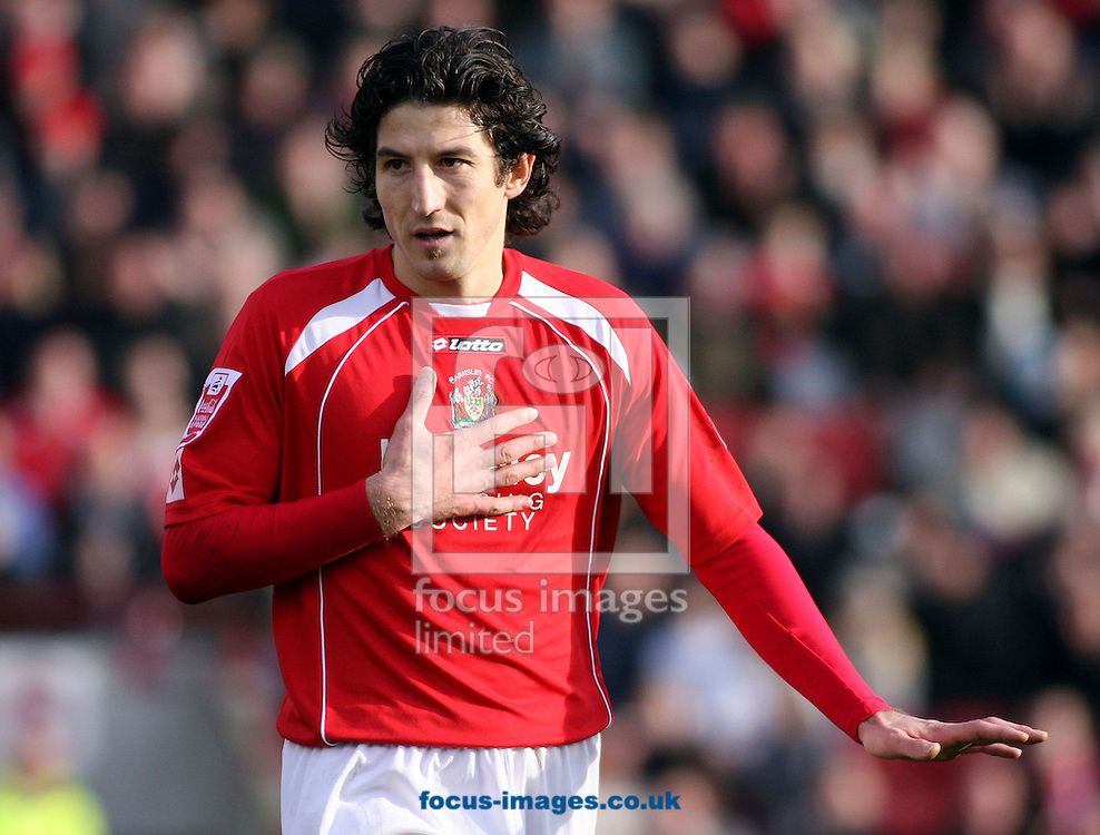 Barnsley - Saturday 21st February 2009 : Andranik Teymourian Barnsley's on loan midfielder during the Coca Cola Championship match at Oakwell, Barnsley. (Pic by Steven Price/Focus Images)