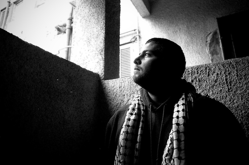 A portrait of Kanan a rapper from Gaza, currently living in Cairo.