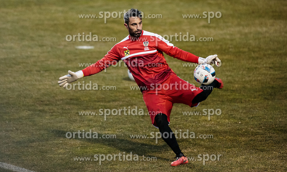 22.03.2016, Sportzentrum, Stegersbach, AUT, OeFB Training, im Bild Ramazan Oezcan (AUT) // Ramazan Oezcan (AUT) during a Trainingssession of Austrian National Footballteam at the Sportcenter in Stegersbach, Austria on 2016/03/22. EXPA Pictures © 2016, PhotoCredit: EXPA/ JFK