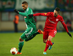 28.11.2013, Ernst Happel Stadion, Wien, AUT, UEFA Europa League, SK Rapid Wien vs FC Thun, Gruppe G, im Bild Terrence Boyd, (SK Rapid Wien, #9) und Enrico Schirinzi, (FC Thun, #27) // during a UEFA Europa League group G game between SK Rapid Vienna and FC Thun at the Ernst Happel Stadion, Wien, Austria on 2013/11/28. EXPA Pictures © 2013, PhotoCredit: EXPA/ Thomas Haumer