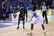 DESCRIZIONE : Cremona Lega A 2011-2012 Vanoli Braga Cremona Pepsi Caserta GIOCATORE : Weyinmi Rose SQUADRA : PEPSI CASERTA DATA : 2011-12-12CATEGORIA : SPORT : Pallacanestro AUTORE : AGENZIA CIAMILLO & CASTORIA/G.Ciamillo