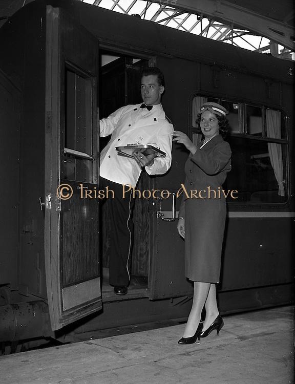 20/05/1959<br /> 05/20/1959<br /> 20 May 1959<br /> New C.I.E. Rail Hostesses -  Deirdre McVeigh, (Cork)  and steward at Kingsbridge Station (Hueston Station), Dublin.