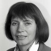 NLD/Huizen/19911114 - Dera Kahlmann-de Wild D'66 raadslid gemeenteraad Huizen