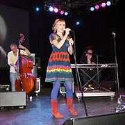 NLD/Huizen/20080919 - South Sea Jazz 2008, optreden Room Eleven, zangeres Janne Schra