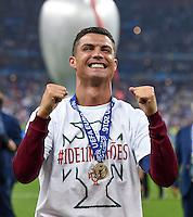 FUSSBALL EURO 2016 FINALE IN PARIS  Portugal - Frankreich          10.07.2016 Ehrenrunde: Cristiano Ronaldo (Portugal) jubelt