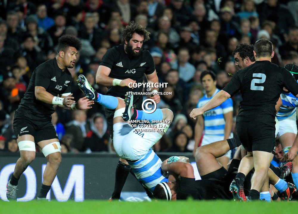 Action from The Rugby Championship match between the NZ All Blacks and Argentina Pumas at FMG Stadium in Hamilton, New Zealand on Saturday, 10 September 2016. Photo: Dave Lintott / lintottphoto.co.nz