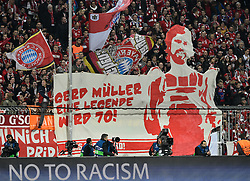 04.11.2015, Allianz Arena, Muenchen, GER, UEFA CL, FC Bayern Muenchen vs FC Arsenal, Gruppe F, im Bild Plakat Transparent für Gerd Müller Bomber der Nation zum 70. Geburtstag Hommage Erinnerung Fans Fanaktion // during the UEFA Champions League group F match between FC Bayern Munich and FC Arsenal at the Allianz Arena in Muenchen, Germany on 2015/11/04. EXPA Pictures © 2015, PhotoCredit: EXPA/ Eibner-Pressefoto/ Weber<br /> <br /> *****ATTENTION - OUT of GER*****