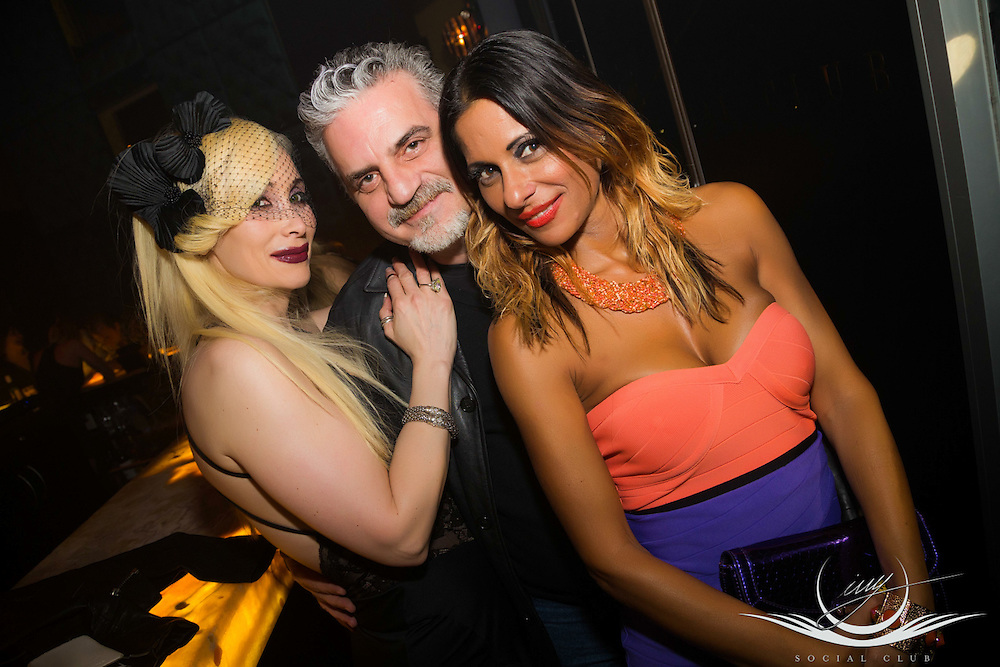 Ivy Social Club, Saturday April 25, 2015 featuring Dj's Andy Warburton & JimmyJamm. <br />