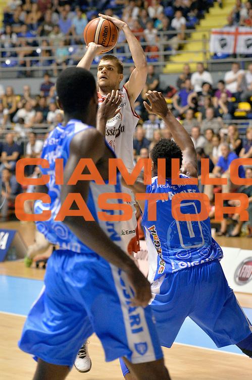 DESCRIZIONE : Supercoppa 2015 Semifinale Banco di Sardegna Sassari - Grissin Bon Reggio Emilia<br /> GIOCATORE : Ojars Silins<br /> CATEGORIA : tiro three points<br /> SQUADRA : Grissin Bon Reggio Emilia<br /> EVENTO : Supercoppa 2015<br /> GARA : Banco di Sardegna Sassari - Grissin Bon Reggio Emilia<br /> DATA : 26/09/2015<br /> SPORT : Pallacanestro <br /> AUTORE : Agenzia Ciamillo-Castoria/Max.Ceretti