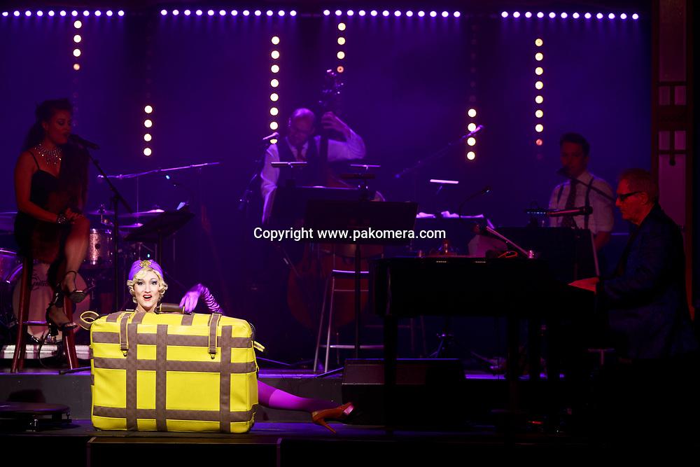 "Edinburgh, Scotland 21st November 2017.  press call of ""La Clique Noël"" will be performed during Edinburgh's Christmas at  Festival Square Spiegeltent, Lothian Road. Pako Mera"
