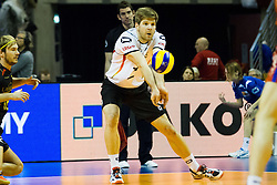 09.01.2016, Max Schmeling Halle, Berlin, GER, CEV Olympia Qualifikation, Deutschland vs Russland, im Bild Annahme Sebastian Schwarz (#3, GER) // during 2016 CEV Volleyball European Olympic Qualification Match between Germany and Russia at the Max Schmeling Halle in Berlin, Germany on 2016/01/09. EXPA Pictures © 2016, PhotoCredit: EXPA/ Eibner-Pressefoto/ Wuechner<br /> <br /> *****ATTENTION - OUT of GER*****