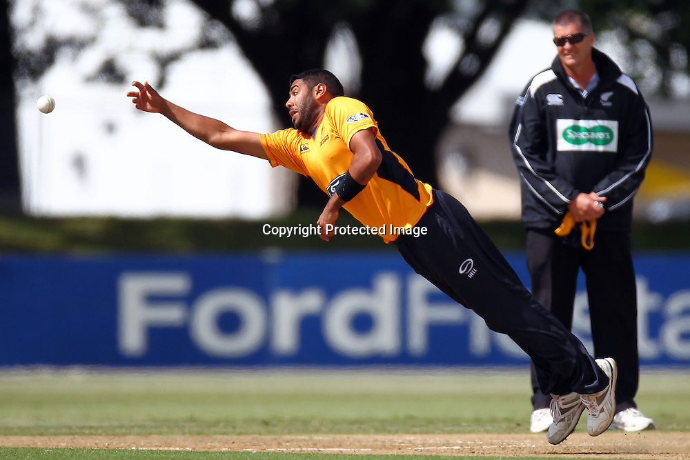 Jeetan Patel during the Ford Trophy match between the Auckland Aces v Wellington Firebirds. Men's domestic 1 day cricket. Colin Maiden Park, New Zealand. Sunday 29 January 2012. Ella Brockelsby / photosport.co.nz