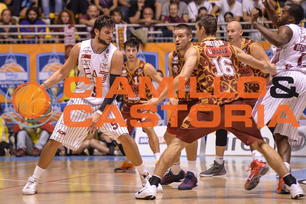 DESCRIZIONE : Supercoppa 2015 Semifinale Olimpia EA7 Emporio Armani Milano - Umana Reyer Venezia<br /> GIOCATORE : Alessandro Gentile<br /> CATEGORIA : Palleggio Controcampo<br /> SQUADRA : Olimpia EA7 Emporio Armani Milano<br /> EVENTO : Supercoppa 2015<br /> GARA : Olimpia EA7 Emporio Armani Milano - Umana Reyer Venezia<br /> DATA : 26/09/2015<br /> SPORT : Pallacanestro <br /> AUTORE : Agenzia Ciamillo-Castoria/L.Canu