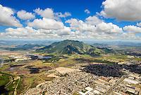Brasil - Espirito Santo - Serra -  Vista aerea da cidade da Serra com Mestre Alvaro ao fundo - Foto: Gabriel Lordello/ Mosaico Imagem