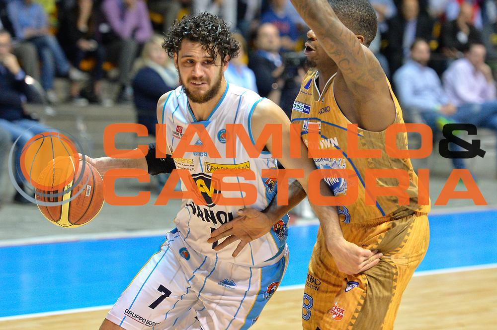 DESCRIZIONE : Desio Lega A 2014-15 <br /> Acqua Vitasnella Cant&ugrave; vs Vagoli Basket Cremona<br /> GIOCATORE : Vitali Luca<br /> CATEGORIA : Palleggio difesa<br /> SQUADRA : Vagoli Basket Cremona<br /> EVENTO : Campionato Lega A 2014-2015 GARA :Acqua Vitasnella Cant&ugrave; vs Vagoli Basket Cremona<br /> DATA : 20/04/2015 <br /> SPORT : Pallacanestro <br /> AUTORE : Agenzia Ciamillo-Castoria/IvanMancini<br /> Galleria : Lega Basket A 2014-2015 Fotonotizia : Desio Lega A 2014-15 Acqua Vitasnella Cant&ugrave; vs Vagoli Basket Cremona<br /> Predefinita: