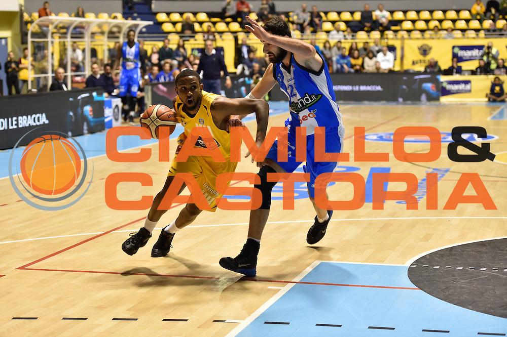 DESCRIZIONE : Torino Lega A 2015-16 Manital Torino - Betaland Capo d'Orlando<br /> GIOCATORE : Ian Miller<br /> CATEGORIA :Serie A <br /> SQUADRA : Manital Auxilium Torino<br /> EVENTO : Campionato Lega A 2015-2016<br /> GARA : Manital Torino - Betaland Capo d'Orlando<br /> DATA : 22/11/2015<br /> SPORT : Pallacanestro<br /> AUTORE : Agenzia Ciamillo-Castoria/M.Matta<br /> Galleria : Lega Basket A 2015-16<br /> Fotonotizia: Torino Lega A 2015-16 Manital Torino - Betaland Capo d'Orlando