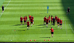 NANNING, CHINA - Tuesday, March 20, 2018: Wales players during a training session at the Guangxi Sports Centre ahead of the opening 2018 Gree China Cup International Football Championship match against China. Sports science coach Adam Owen (Pic by David Rawcliffe/Propaganda)