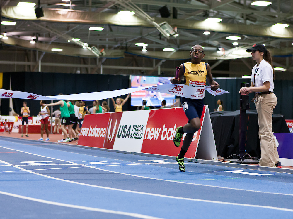 New Balance Indoor Grand Prix track meet: Mixed boys and girls 4x200 relay