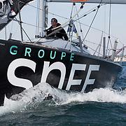 Banque image du figaro SNEF skippé par Xavier MACAIRE aux Sables d'Olonne